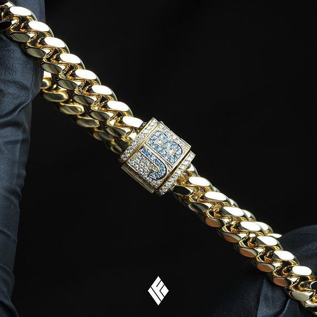 373ecf20b8d9d Solid 18K Yellow Gold 7mm Cuban Link Bracelet With Custom