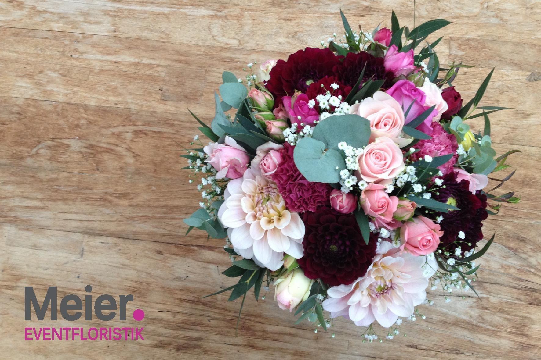 Brautstrauß Boho Beere Blumenstrauß Hochzeit