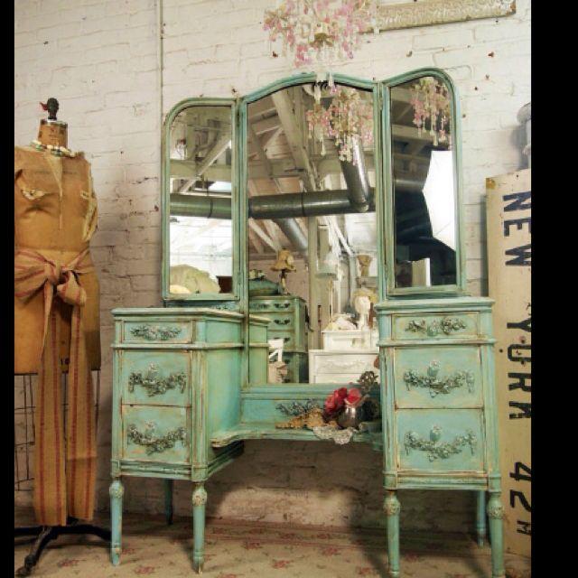 antiguo muebles