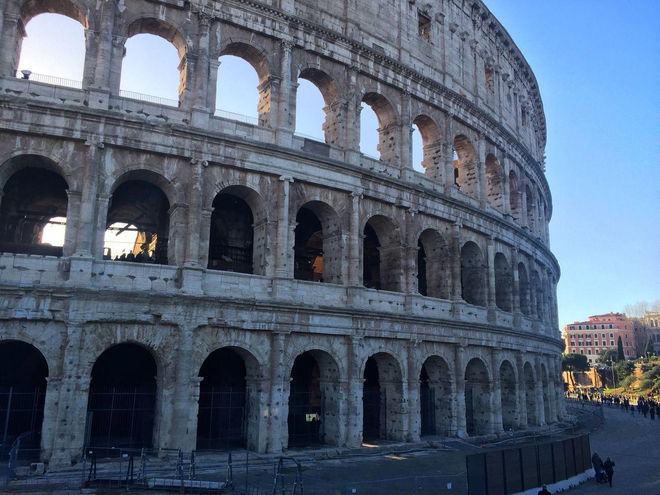 Roma, 21 febbraio 2016  La città eterna mi ha accolto in tutto il suo splendore e rivedere il Colosseo è un'emozione unica ogni volta.
