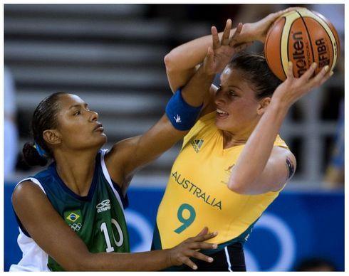 Seleção feminina perde amistoso para Austrália