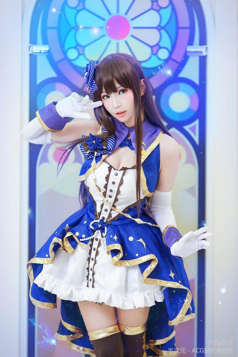 The super cute cosplayer Shirogane-sama - Lookerland
