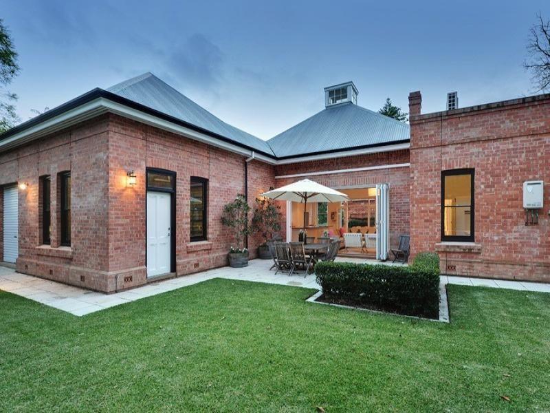 Outdoor Living Ideas Brick Exterior House Red Brick House