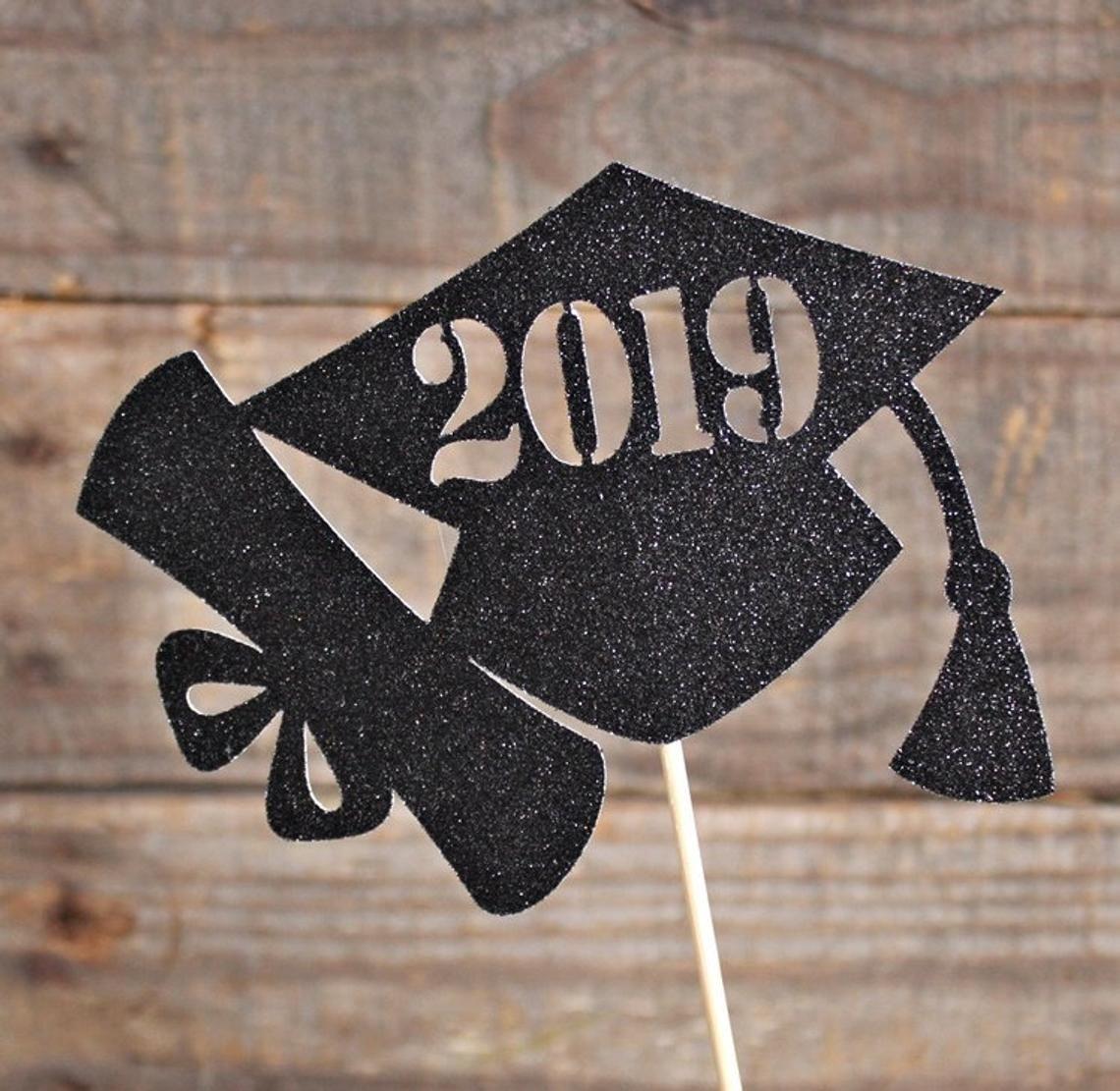 Class of 2019 / Graduation Centerpiece Pick / 2019