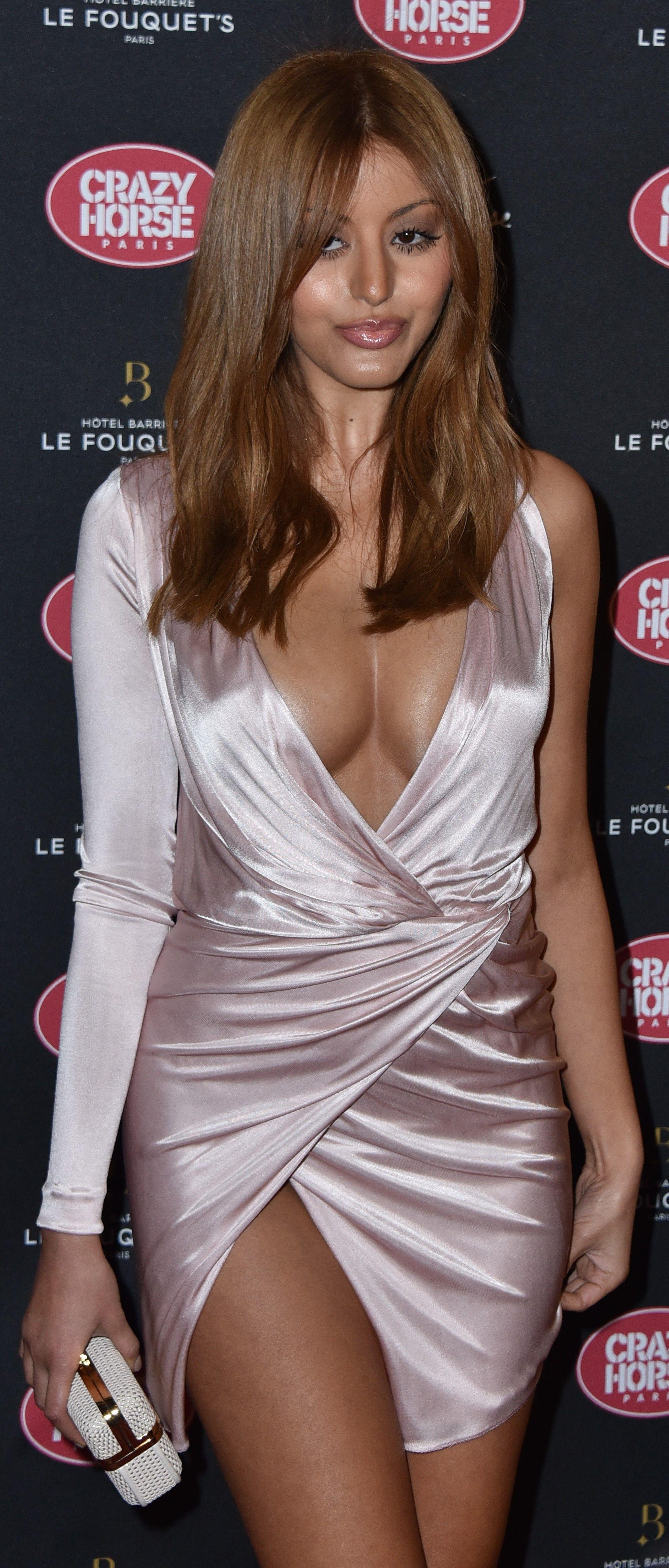 nude (94 photos), Sideboobs Celebrity photo