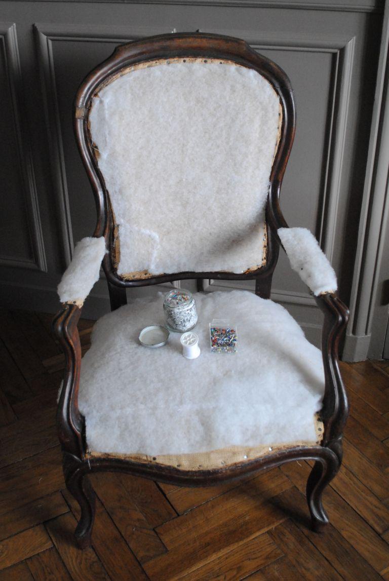 diy retapisser un fauteuil 04 decoration tapizar. Black Bedroom Furniture Sets. Home Design Ideas