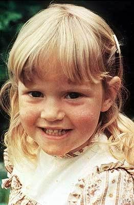 Kate Winslet as a teeny tiny toddler. Cuuuute.