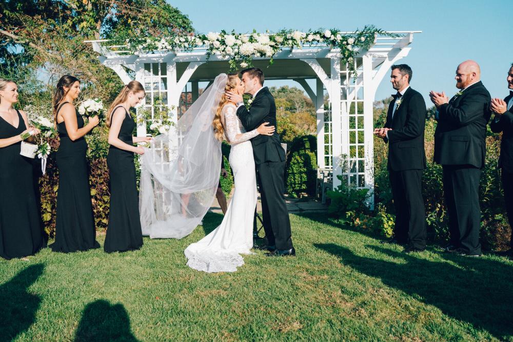 Britni Nick S Elegant Fall Wedding At Stone Acres Farm My Mystic Wedding In 2020 Fall Wedding Elegant Fall Wedding Weekend