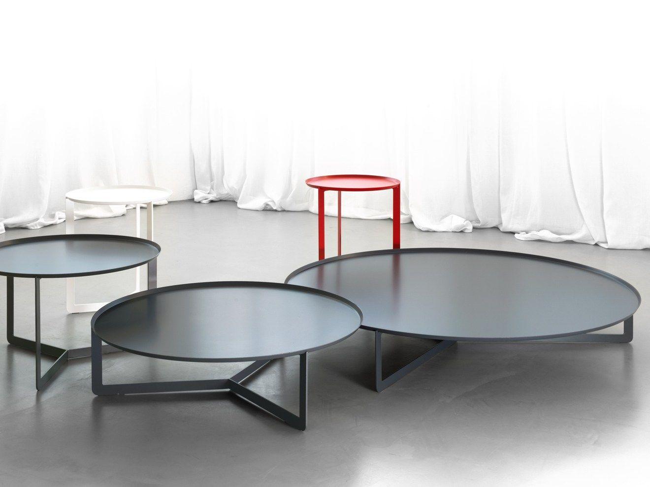 Round Outdoor Coffee Table By Memedesign Einrichten Und Wohnen