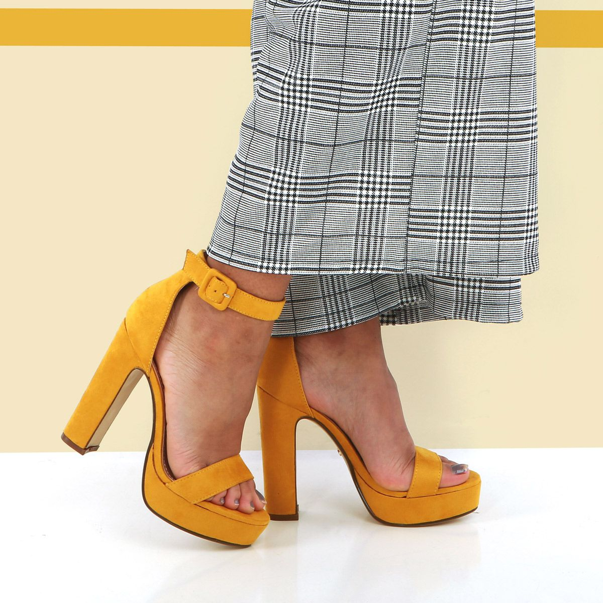 premium selection 0666a 71bcd Sandales jaune moutarde à talon haut  sandales  jaune  talons  highheels   fashion  mode  shoes  femme  chaussures  tendance  fashioninspiration