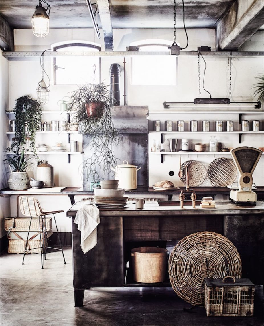 23 7k Followers 1 157 Following 628 Posts See Instagram Photos And Videos From Cleo S Interior Design Kitchen Kitchen Interior Rustic Living Room Furniture