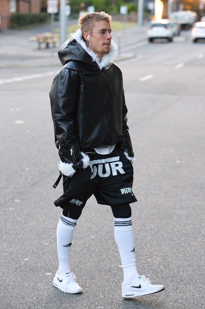 664b6d747acb2 Justin Bieber Seen Wearing YSL Hoodie