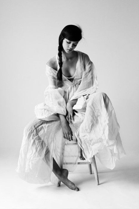 Black and white fashion white editorial model simple classic beauty love photography www republicofyou com au