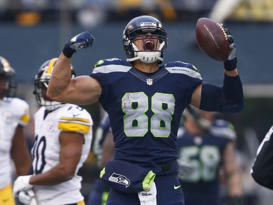 Seahawks Jimmy Graham Out For Season With Torn Patellar Tendon Jimmy Graham Seahawks Jimmy Graham Seahawks