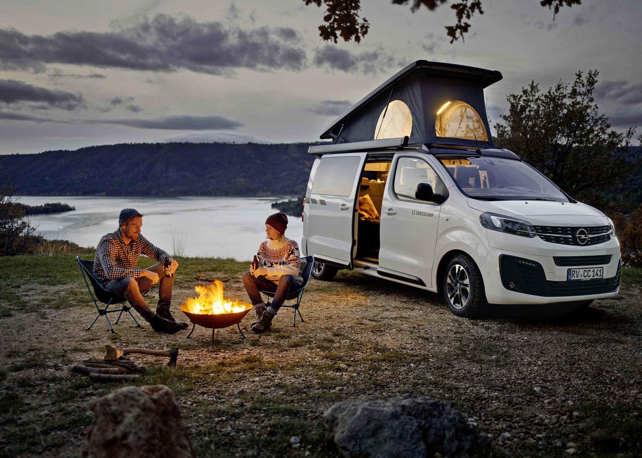 Mit Dem Opel Zafira Auf Camping Tour Fanaticar Magazin In 2020 Autohaus Aufstelldach Camper