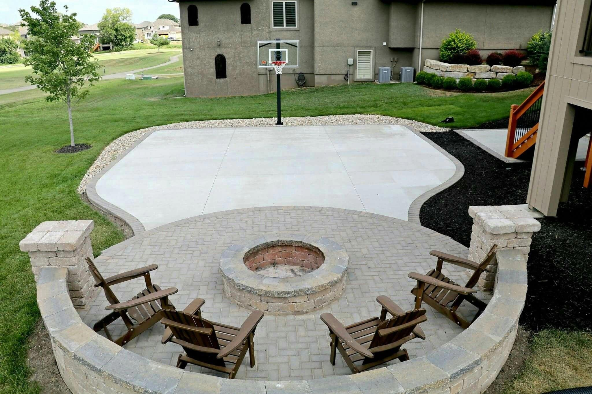 Outdoor decor ideas | Basketball court backyard, Backyard ...