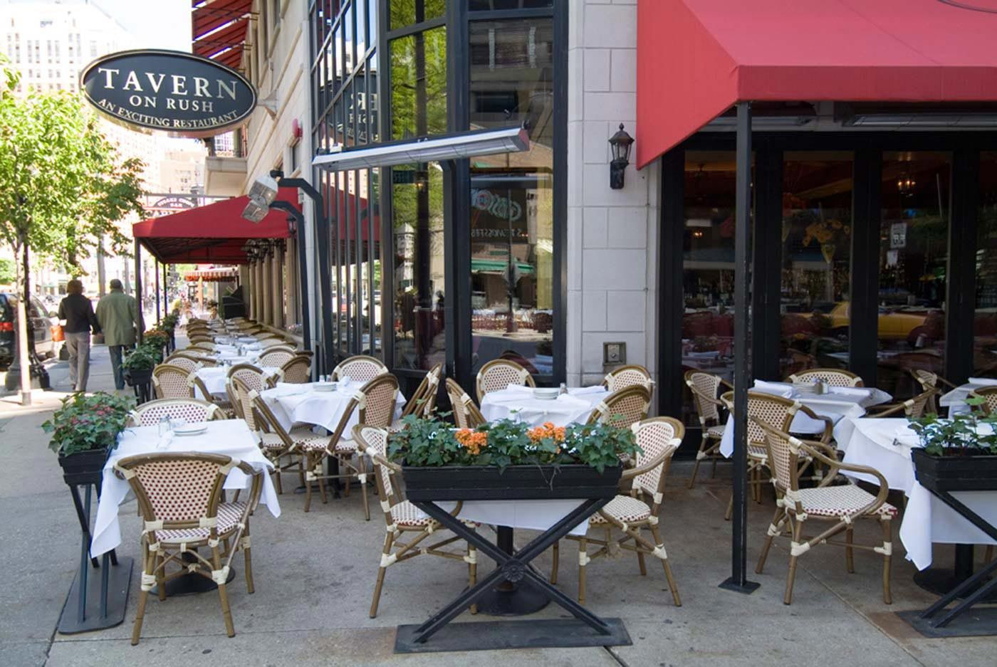 Elegant Patio Cafe   Tavern On Rush Chicago