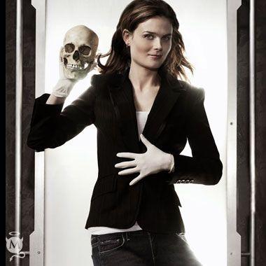 Emily Deschanel.Dr. Temperance  Bones  Brennan. Bones  3319f0658e3