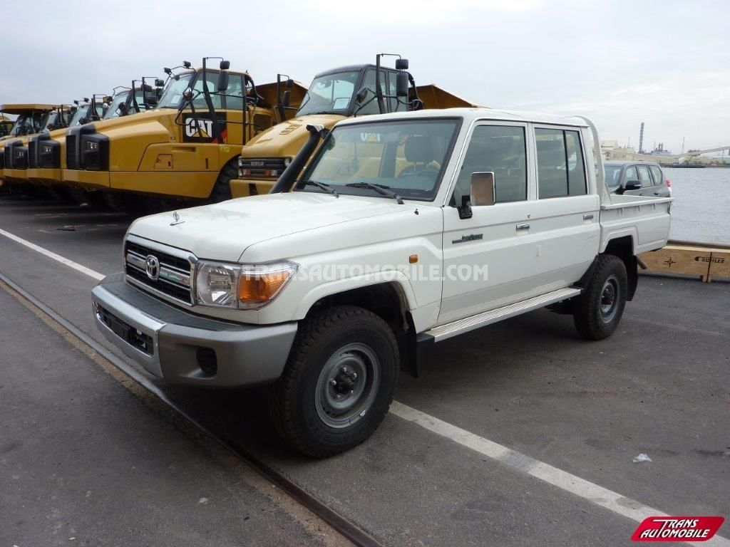 Toyota land cruiser 79 pick up 4 2l hzj 79 double cabin 4x4 to sale
