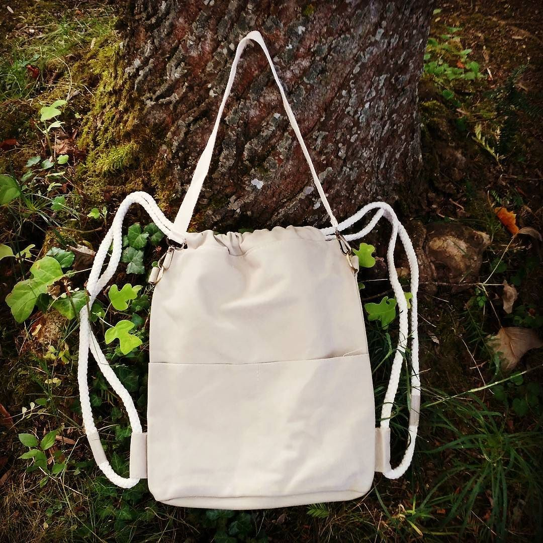 Have you seen the new Nordlicht gym bag? Its both: bag and backpack!  http://ift.tt/2c7L0LA  #nature #nordlichtbags #Nordlicht #bags #Tasche #shopping #urban #urbanfashion #worldwideshipping #herschel #nike #womenfashion #blog #travel #nature #naturelovers #shopping #summer2016 #gymbag #turnbeutel #sportbeutel #umhängetasche #canvas #sale #potd #picoftheday
