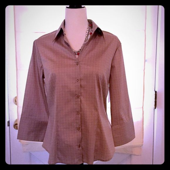 d7dc91579 🎉HP🎉 NWT Brown Button Down Collared Shirt NWT Brand: H & M Size: 12  Color: Brown H&M Tops Button Down Shirts