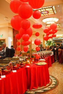 Red Paper Lantern Food Buffet And Display Wedding Buffet Table