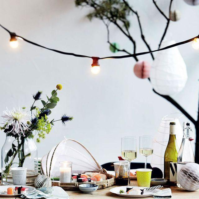 d co salon pour l 39 t d coration pinterest guirlande guinguette guinguette et guirlandes. Black Bedroom Furniture Sets. Home Design Ideas