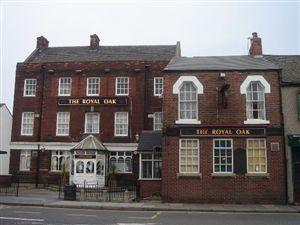 Royal Oak Yarm Road Royal Oak Pub Pub Signs House Styles