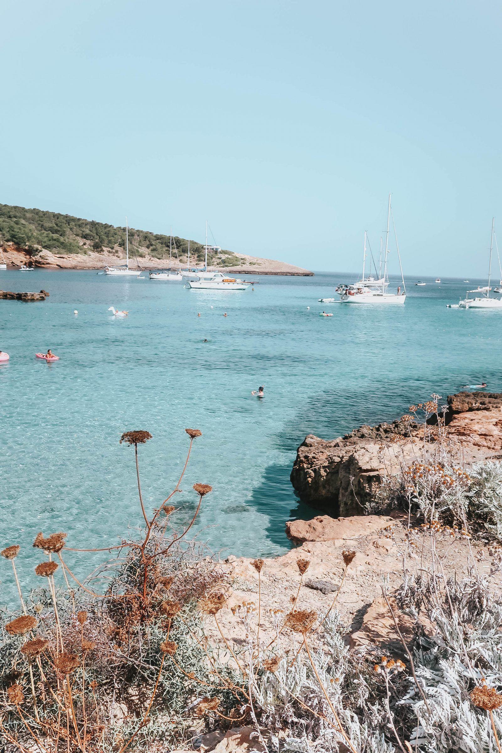 Hidden Beaches & My Favourite Lunch Spot in Ibiza - Fashion Mumblr