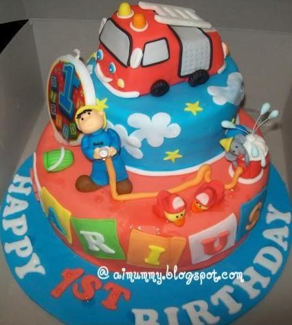 Fun Fireman-Themed Birthday Cake   Shared by LION