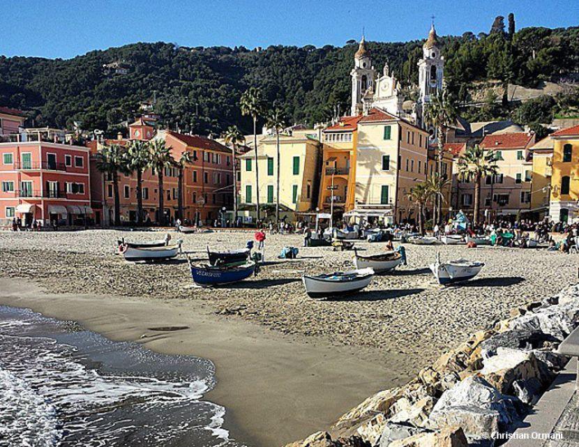 Laigueglia, beauty on the sea | Western Riviera, #Liguria