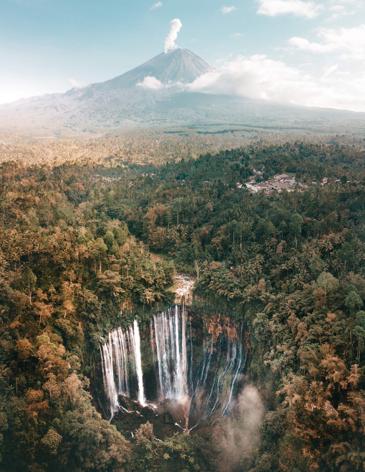 Best Waterfall in Indonesia – Tumpak Sewu Waterfall