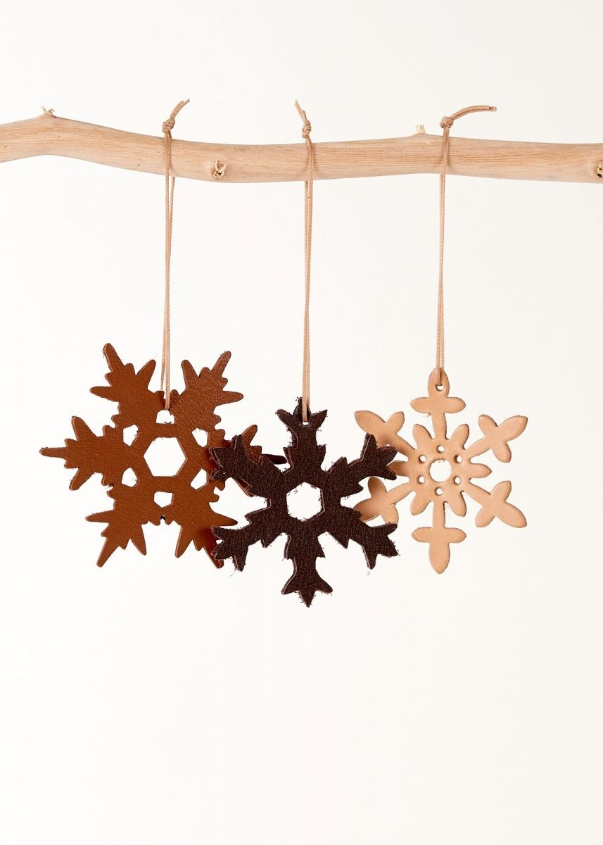 Snowflakes ornaments - 3 Christmas Ornaments Snowflakes Leather