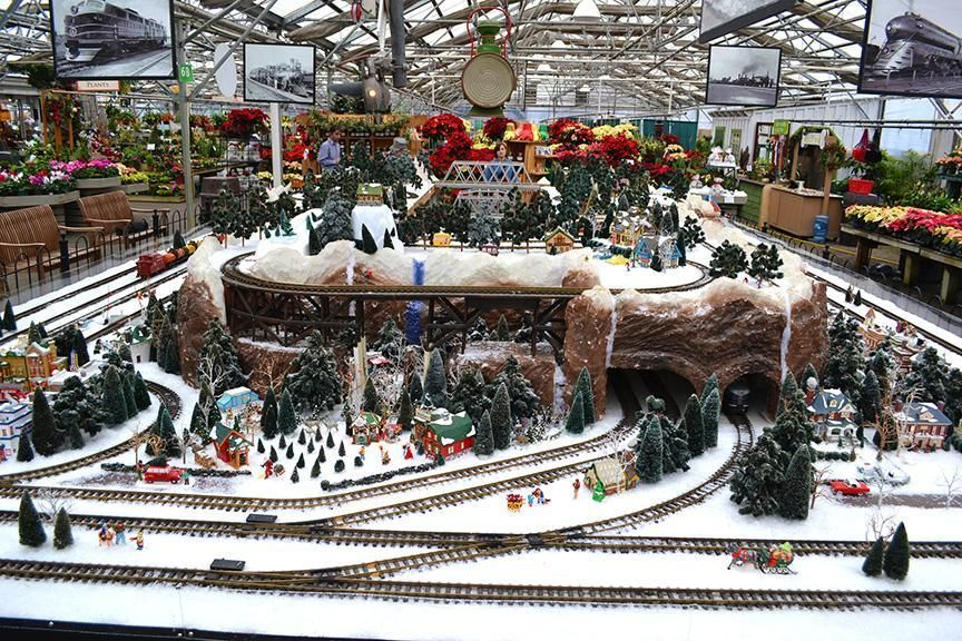 Ho Christmas Train.Christmas Train Gardens Ho Scale Google Search Train