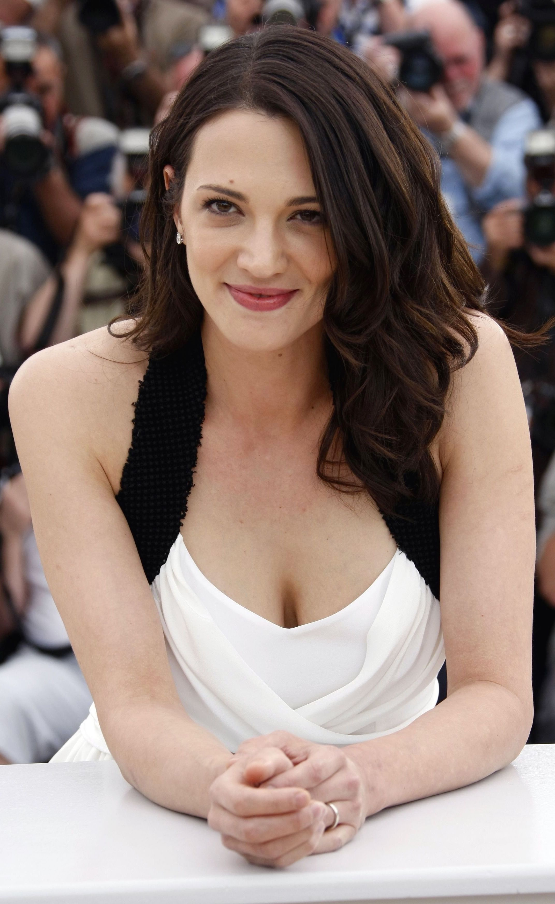 Asia Argento (born 1975) nudes (65 foto and video), Topless, Hot, Feet, braless 2015