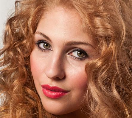 Caroline Kent Makeup Artist Has 18 Years Experience Weddingmakeup Makeupartist Nottingham
