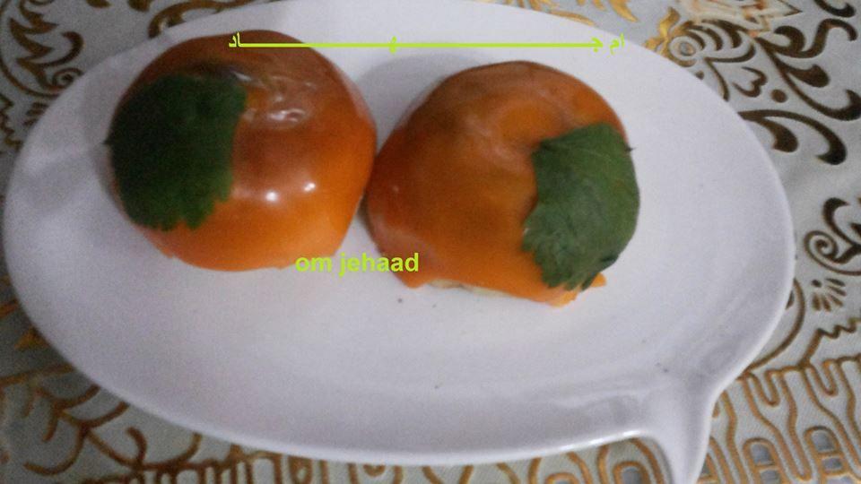البرتقالة الحارة طبعا ليها طريقتين ة اما الطريقة2 تاخدي دجاج مفروم بصل مبشور سنين ثوم مهروسين ملح فلفل ابيض حرارات حب هان جوز Stuffed Peppers Vegetables Food
