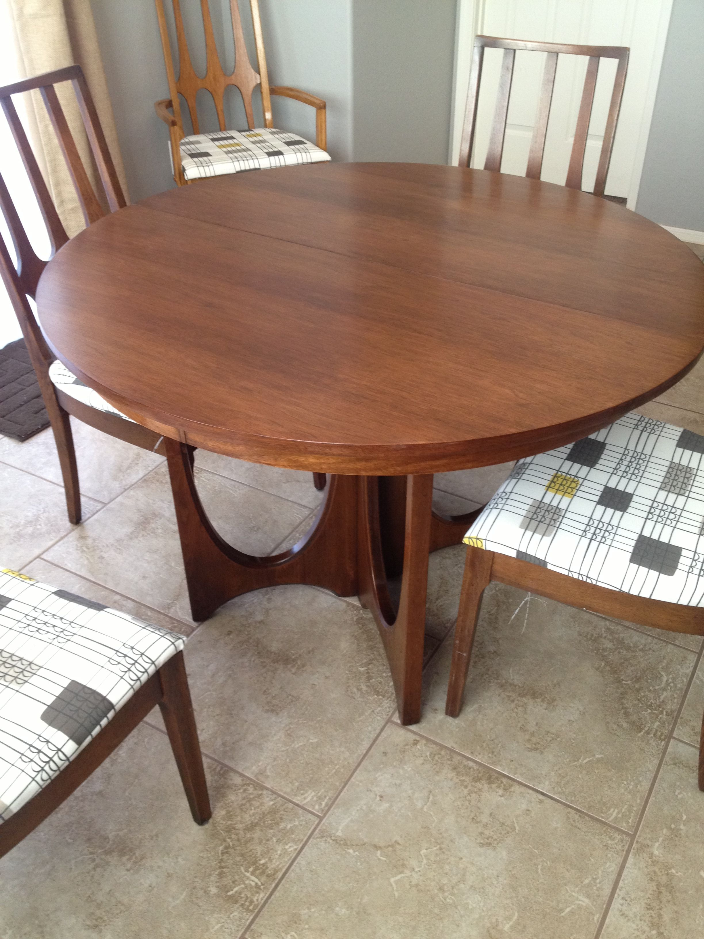 Broyhill Brasilia Pedestal Table Dining Table Table Pedestal Table