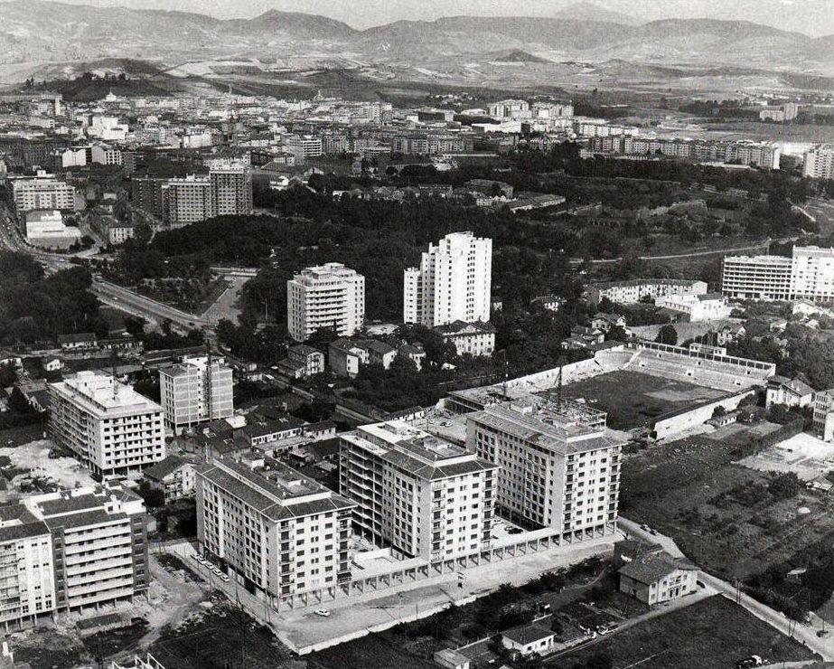1960 barrio de san juan fotograf a antigua pamplona for Piscinas san juan pamplona