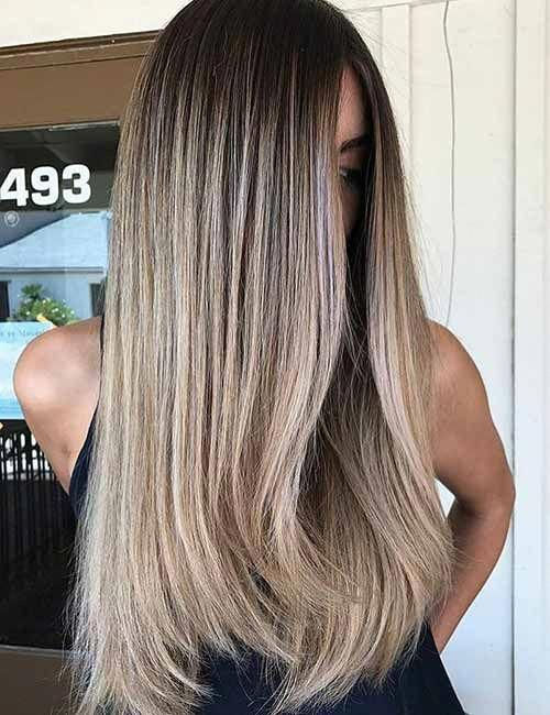 Top 25 Light Ash Blonde Highlights Hair Color Ideas For Blonde And Brown Hair #naturalmakeupforblondes #naturalashblonde