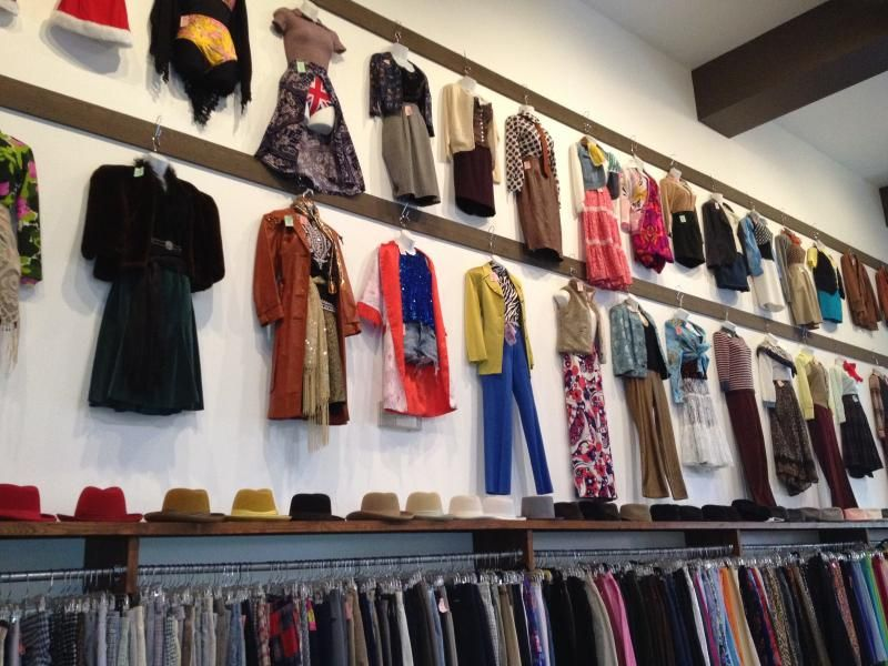 Iguana Vintage Clothing The Residences At W Hollywood Clothes Vintage Outfits Vintage