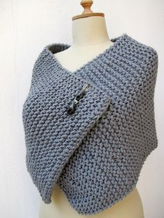 Photo of Knitting Knit Knitted Capelet, Poncho Wrap Grey Chunky Sporty Pin Brooch Beaded