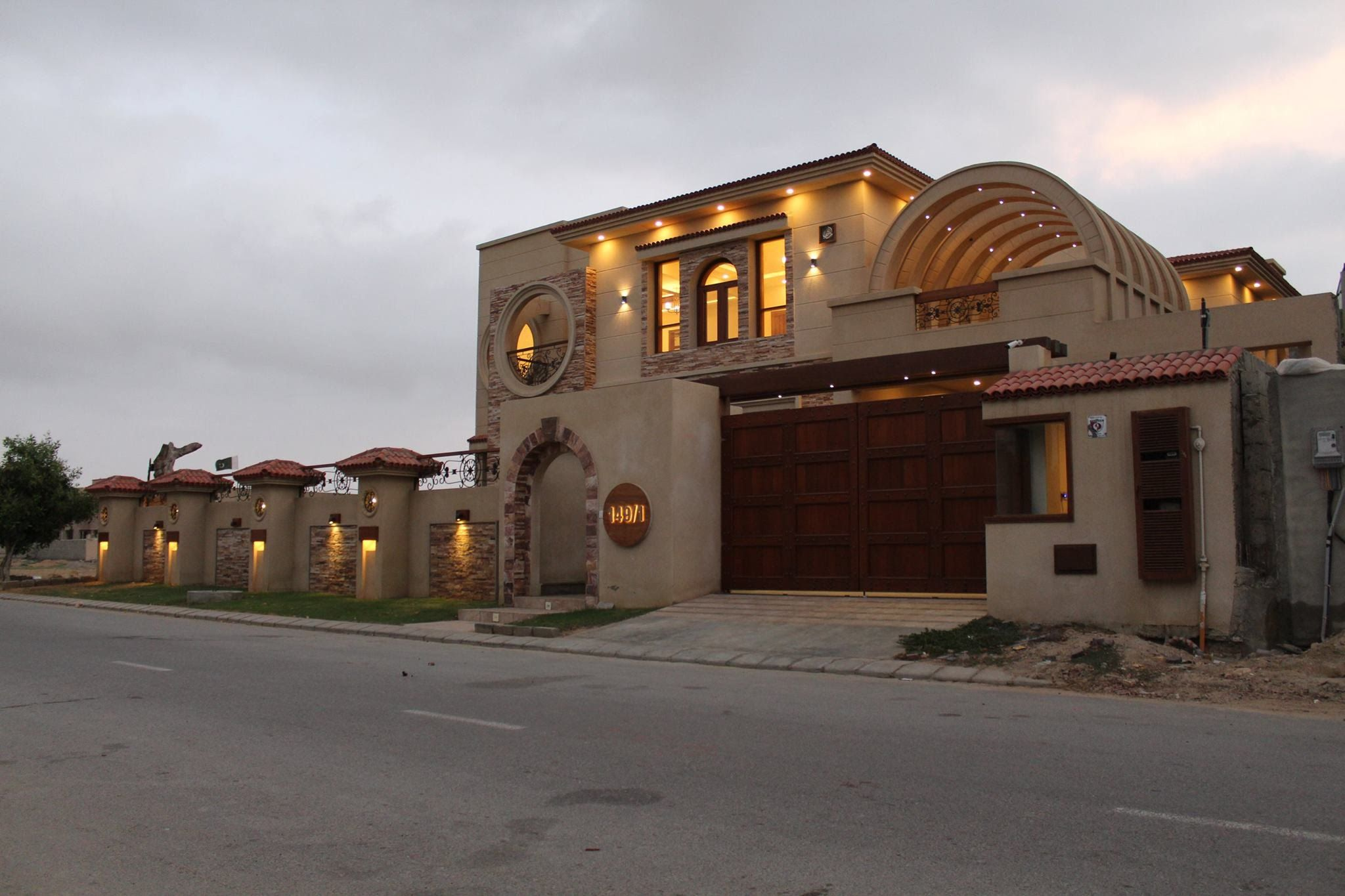 DREAM HOUSE FOR SALE IN DREAM VILLA KARACHI PAKISTAN!!! MODEL HOUSE