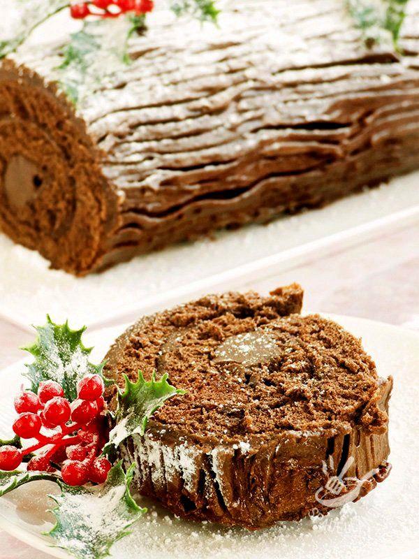 Come Decorare Il Tronchetto Di Natale.Tronchetto Di Natale Ricetta Alimenti Di Natale Idee Alimentari Torte Deliziose