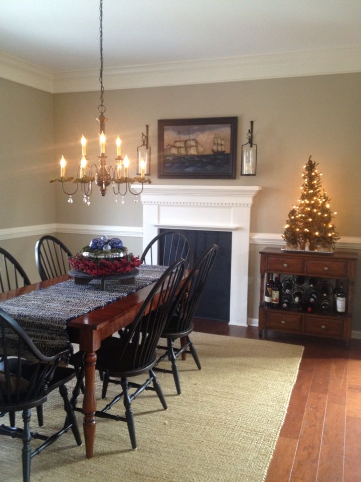Dining Room With Benjamin Moore Bennington Gray Paint