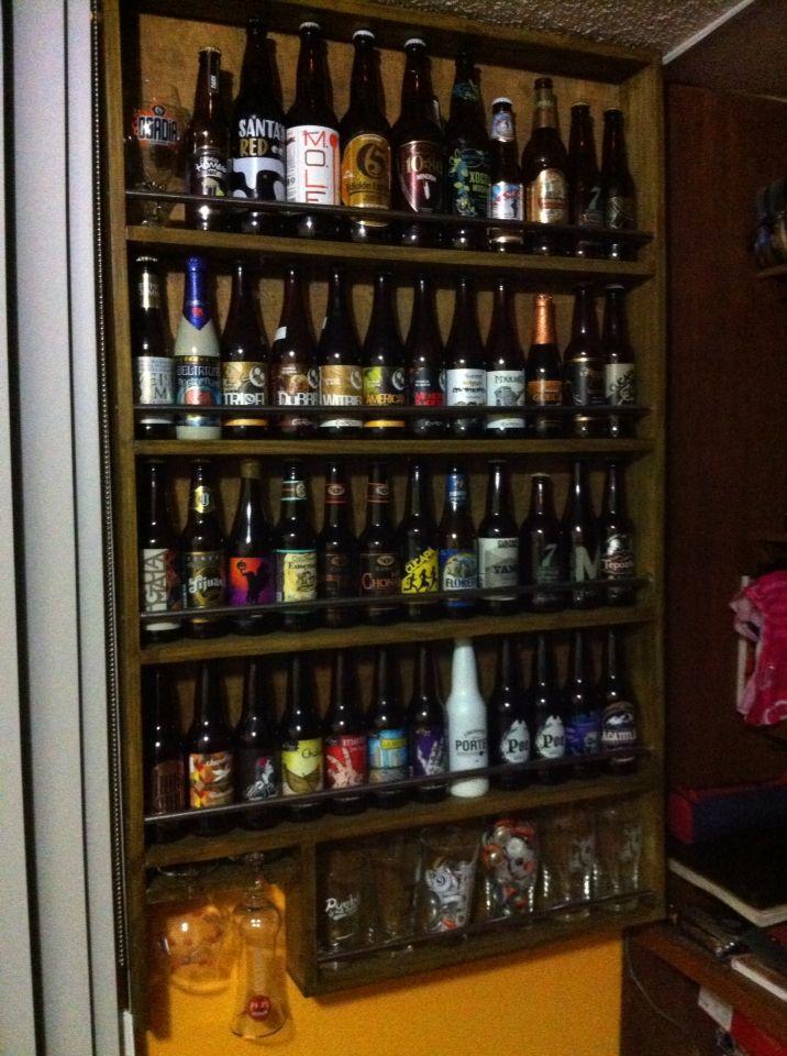 Mueble para colección de cerveza sencillo y práctico | mobiliario ...