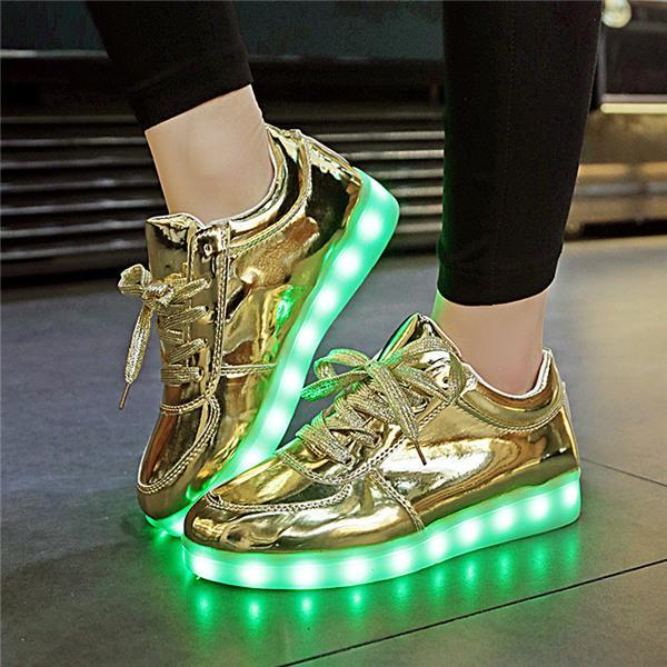Fashion Unisex LED Light Casual Shoes Adult Boy Girl Kid Luminous Sneaker