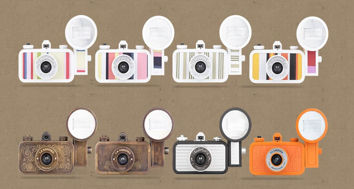 http://www.origami-brand.com/stuff-we-like/la_sardina_camera_flash
