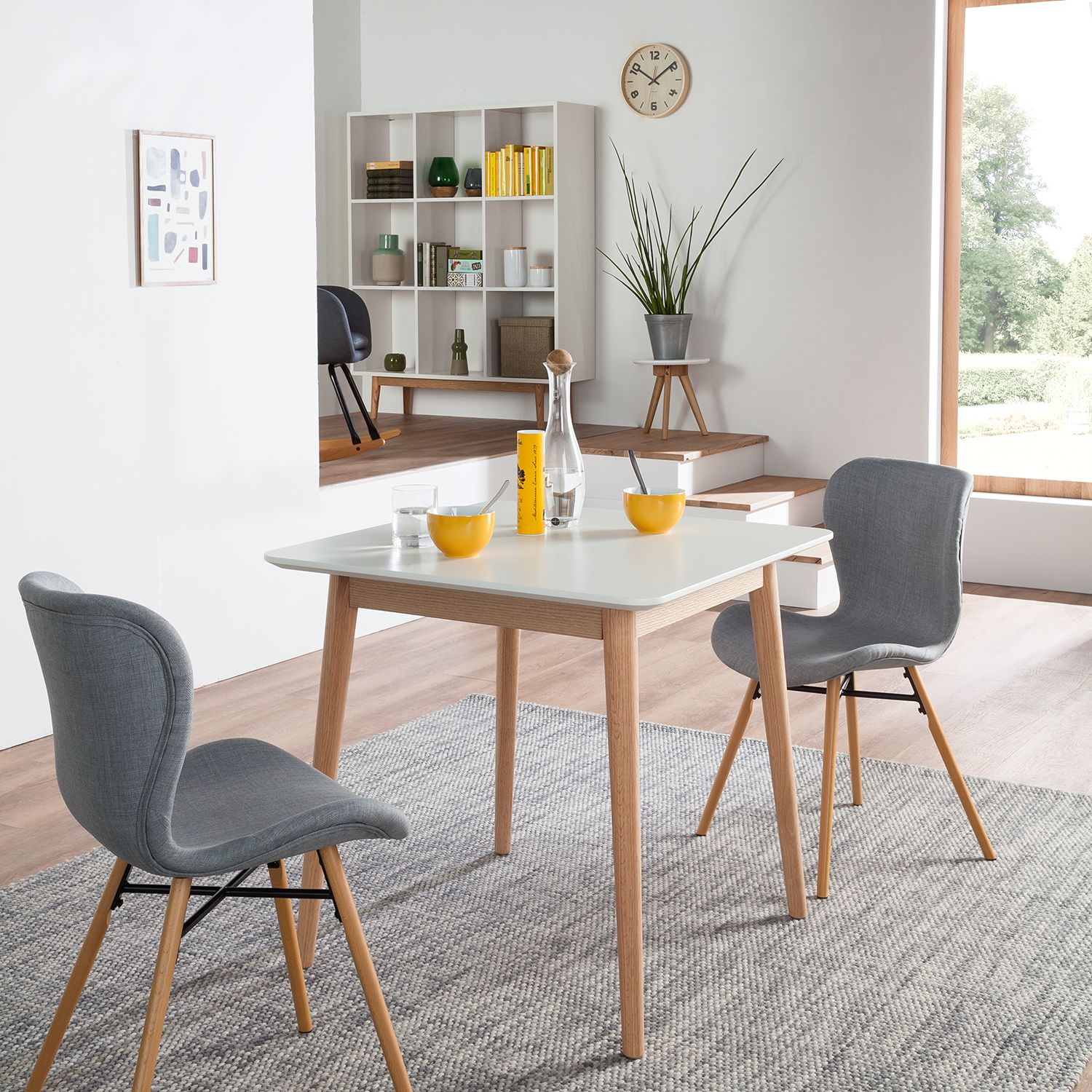 Photo of Lindholm III dining table