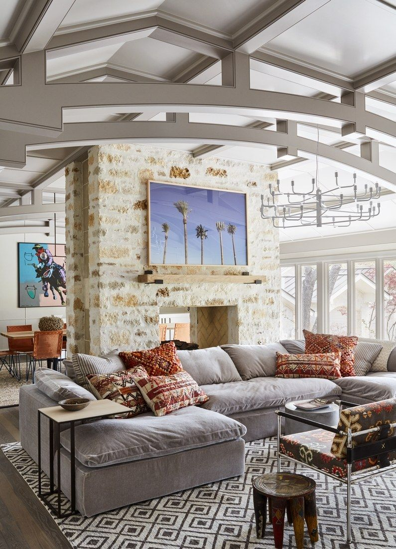 Tour jensen and danneel acklesus austin home family room